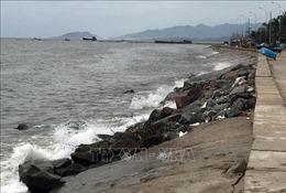 Ninh Thuận khẩn trương khắc phục tình trạng sạt lở đê kè