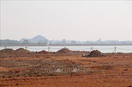 Ngang nhiên san lấp lấn lòng hồ Yên Thắng tại Ninh Bình