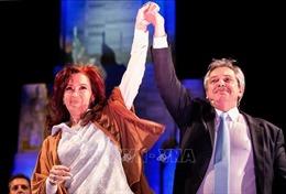 Thủ lĩnh liên minh trung tả Alberto Fernandez đắc cử tổng thống Argentina