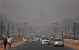Chất lượng không khí ở thủ đô Ấn Độ giảm xuống mức 'nguy hiểm'