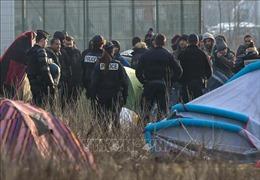 Pháp tiếp tục dẹp các trại tị nạn trái phép