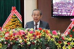 Phó Thủ tướng Trương Hòa Bình tiếp xúc cử tri tỉnh Long An