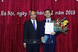 Thủ tướng trao quyết định bổ nhiệm Chủ tịch Viện Hàn lâm Khoa học Xã hội Việt Nam