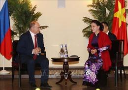 Chủ tịch Quốc hội Nguyễn Thị Kim Ngân gặp Lãnh đạo Đảng Cộng sản LB Nga