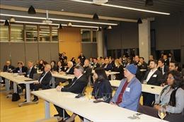 Canada cần đặt thị trường Việt Nam vào vị trí ưu tiên thúc đẩy quan hệ