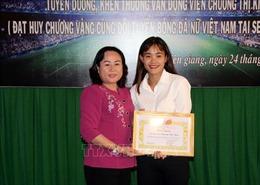 Kiên Giang khen thưởng nữ vận động viên đoạt HCVSEA Games
