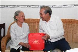 Phó Thủ tướng Trương Hòa Bình thăm, tặng quà người có công tại tỉnh Hậu Giang