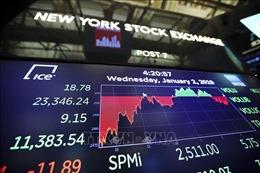 Thị trường chứng khoán Phố Wall 'nhuốm' sắc đỏ