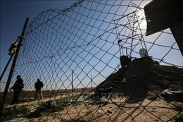 Israel xây dựng hàng rào khổng lồ ngăn cách Dải Gaza