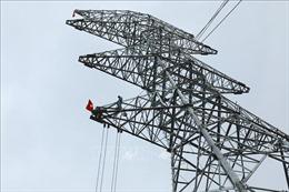 Đường dây 500 kV mạch 3 -Bài 1: Đảm bảo cấp điện cho miền Nam sau năm 2020