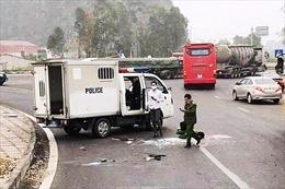 Thăng cấp bậc cán bộ Công an tỉnh Ninh Bình hy sinh khi dẫn giải phạm nhân