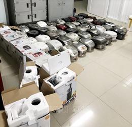 An Giang bắt giữ xe tải chở hàng điện tử nhập lậu