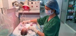 Cứu sống mẹ con sản phụ bị lupus ban đỏ kèm biến chứng tim mạch rất nặng