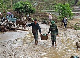 Mưa đá, gió lốc và lũ đầu nguồn tàn phá xã Mù Sang ở Lai Châu