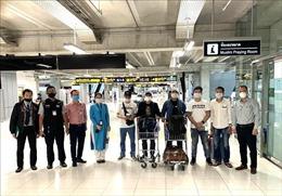 Đưa 7 công dân Việt Nam bị kẹt tại sân bay Suvarnabhumi (Thái Lan) về nước