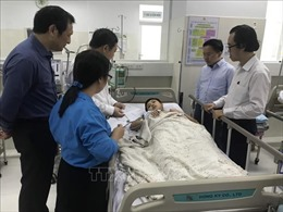 Vụ cây phượng bật gốc đè lên nhiều học sinh: Lãnh đạo TP Hồ Chí Minh thăm hỏi các trường hợp bị thương