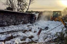 Hai xe tải đâm nhau, ít nhất 25 lao động nhập cư thiệt mạng