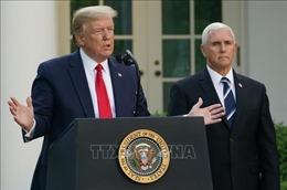 Phó Tổng thống Mỹ Pence tự 'giữ khoảng cách' với Tổng thống Trump