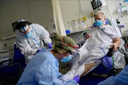 Số ca mắc COVID-19 trên toàn cầu vượt 5 triệu người