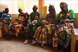 Dịch COVID-19 làm gia tăng số trẻ em thể gầy còm do thiếu dinh dưỡng