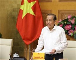 Phó Thủ tướng Trương Hòa Bình thăm, tặng quà các gia đình chính sách tại Nghệ An