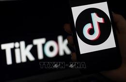Tổng thống Mỹ ban hành các sắc lệnh cấm TikTok và WeChat