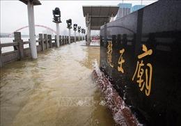 Trung Quốc cảnh báo lũ trên con sông lớn thứ ba