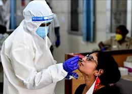 Ấn Độ thêm khoảng 25.000 ca mắc, 613 ca tử vong do COVID-19 trong 24 giờ qua