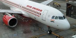 Hãng hàng không quốc gia Ấn Độ cắt giảm mạnh lương của nhân viên