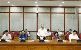 Bộ Chính trị làm việc với Đảng bộ tỉnh Cao Bằng và Đảng bộ tỉnh Sơn La