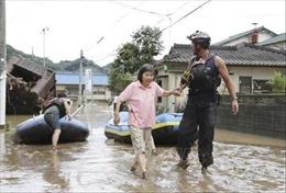 Số người thiệt mạng do lũ lụt ở Nhật Bản và mưa dông ở Ấn Độ tăng cao