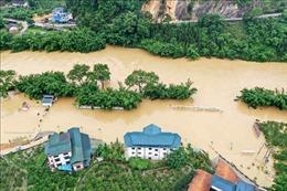 Thủ tướng Nguyễn Xuân Phúc gửi điện thăm hỏi tình hình mưa lũ tại Trung Quốc