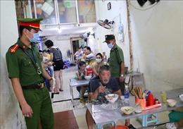 Hà Nội: Nhắc nhở người dân thực hiện nghiêm phòng, chống dịch COVID-19