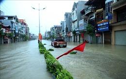 Sau mưa lớn, nhiều tuyến phố ở Điện Biên lại bị ngập