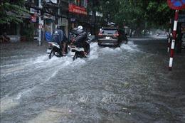 Bão số 2 gây mưa lớn và ngập lụt tại Nghệ An, Hải Phòng