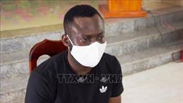 Bắt đối tượng người Nigeria vận chuyển 4 kg ma túy từ Campuchia về Việt Nam