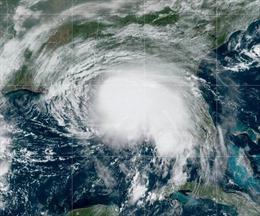 Mỹ ban bố tình trạng khẩn cấp do bão Sally