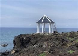 Phản hồi thông tin của TTXVN: Tháo dỡ điểm dừng chân du lịch trên 'Cánh đồng dung nham' ở đảo Lý Sơn