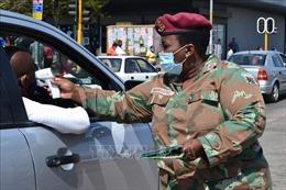 Nam Phi tiếp tục nới lỏng các biện pháp hạn chế