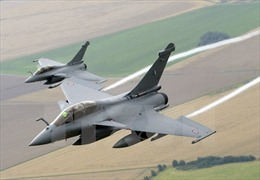 Ấn Độ chính thức tiếp nhận lô máy bay chiến đấu Rafale đầu tiên của Pháp
