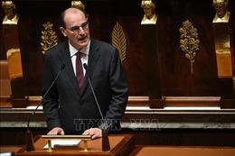 Thủ tướng Pháp Jean Castex tiếp xúc với người nhiễm virus SARS-CoV-2