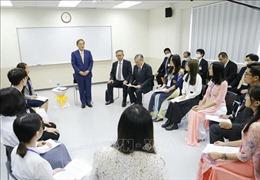 Thủ tướng Nhật Bản gặp gỡ sinh viên Trường Đại học Việt - Nhật, Đại học Quốc gia Hà Nội