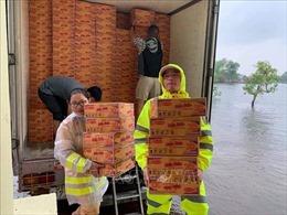 Kịp thời cứu trợ, hỗ trợ người dân vùng lũ