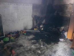 Thương tâm hai cháu bé bị thiêu tử vong trong căn phòng bị khóa
