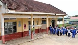Trường học xuống cấp đe dọa sự an toàn của trẻ nhỏ