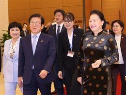 Chủ tịch Quốc hội Hàn Quốc kết thúc tốt đẹp chuyến thăm chính thức Việt Nam