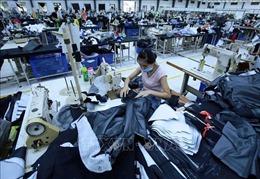 Truyền thông quốc tế lý giải nguyên nhân kinh tế Việt Nam vẫn tăng trưởng dương