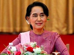 Thủ tướng Singapore chúc mừng thắng lợi của bà Aung San Suu Kyi