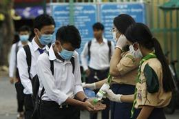 Thủ tướng Campuchia đề nghị miễn thi tốt nghiệp trung học