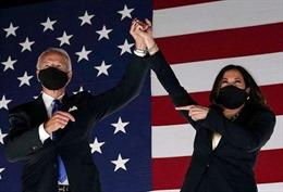 Phó Tổng thống đắc cử Mỹ kêu gọi người dân đeo khẩu trang